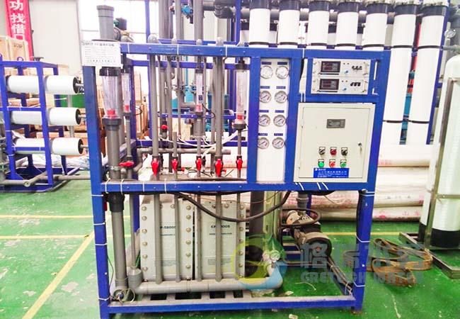 厂家带您了解反渗透高纯水设备的多种部件用途!